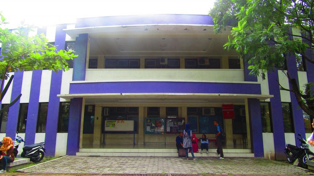 Gedung B Kampus V UNS