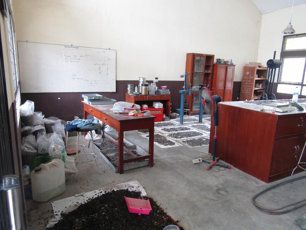 Lab Mekanika Tanah PTB UNS