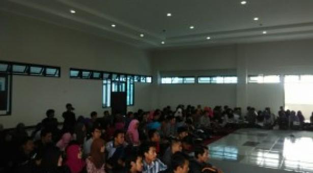 Sarasehan PTB 2015